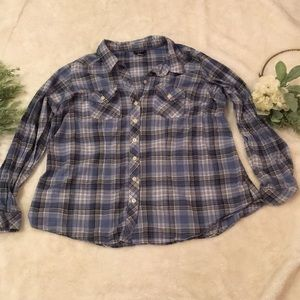 Torrid Button Down Shirt EUC